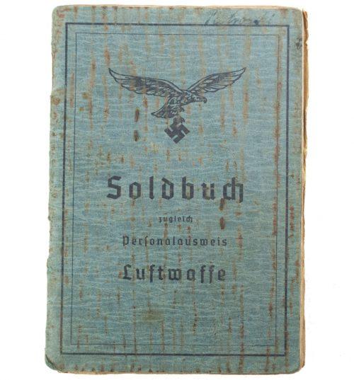 Luftwaffe Soldbuch Kanonier/Obergefreiter 1. Batterie Reserve Flak Abteilung 617