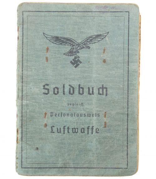 Luftwaffe Soldbuch Kanonier/Stabsgefreiter 1.Batterie Reserve Flak Abteilung 617