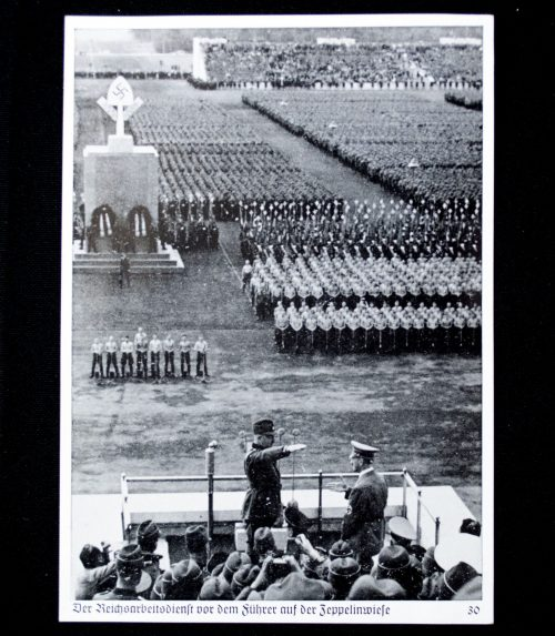 Postcard: Reichsparteitag Nürnberg - Die Reichsarbeitsdienst vor dem Führer auf der Zeppelinwiese