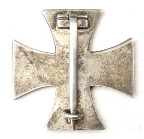 "WWI Eisernes Kreuz Erste Klasse (EK1) / Iron Cross First Class maker ""KO"""