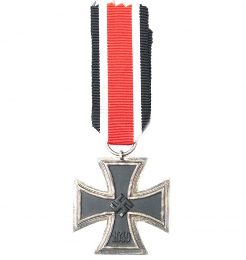 WWII Eisernes Kreuz (EK2) / Iron Cross second class (maker Wernstein)