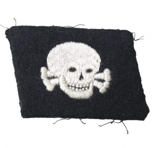 "3. SS-Panzer-Division Totenkopf collar tab ""pumpkinhead"""