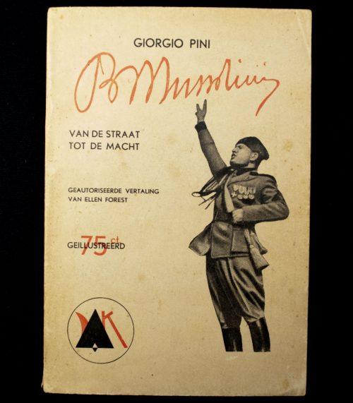 (NSB) Georgio Pini - Benito Musolini van de Straat tot de Macht (Keurkamer)