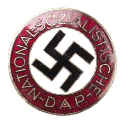NSDAP Parteiabzeichen M1/42 (maker Kerbach & Israel)