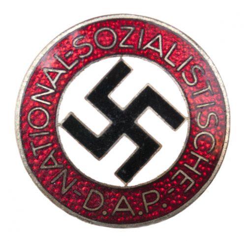 NSDAP Parteiabzeichen M1/8 (maker Ferdinand Wagner)