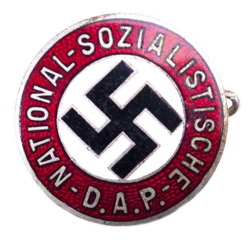NSDAP Parteiabzeichen M/90 (maker Apreck u. Vrage)