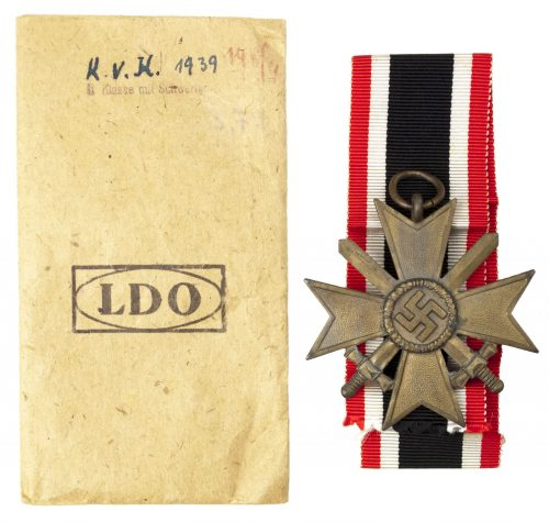 Kriegsverdienstkreuz 2. Klasse mit Schwertern und LDO Tüte / War Merit Cross 2nd Class with Swords and very rare LDO Bag!