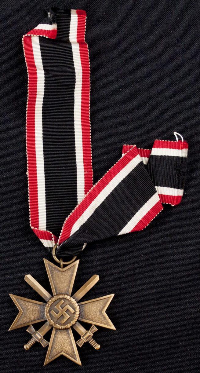 Kriegsverdienstkreuz + Citation + KVK Document of Obergefreiten Hans Thielicke