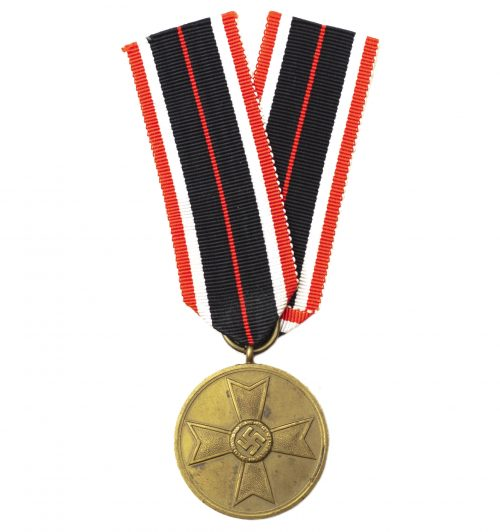 Kriegsverdienstmedaille (KVKm) / War Merit Medal