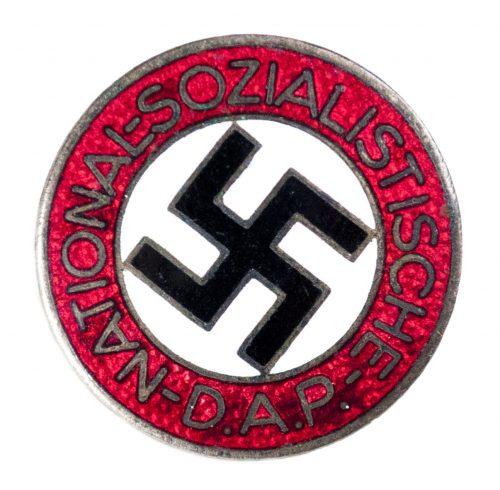 NSDAP Parteiabzeichen M1/100 (maker Werner Redo)