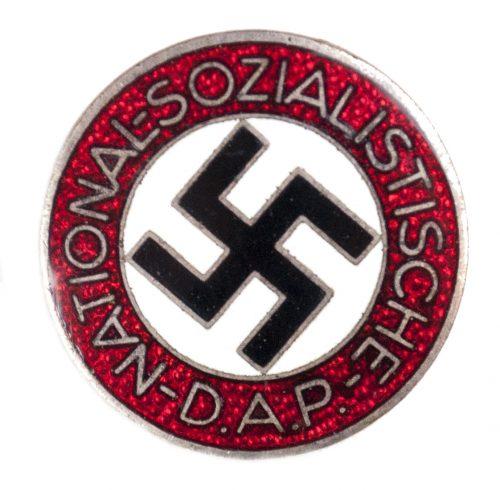 NSDAP Parteiabzeichen M1101 (maker Gustav Brehmer)