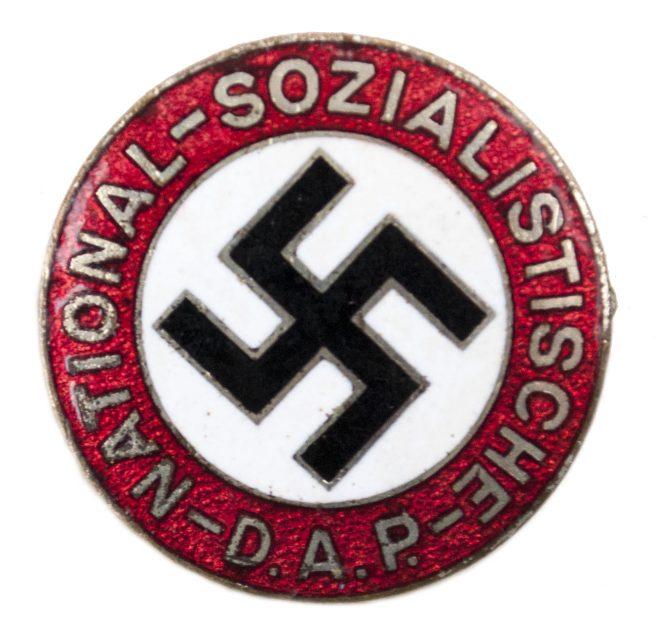 NSDAP parteiabzeichen (double marked Ges Gesch)