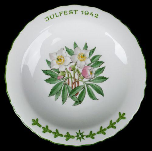 SS Julgabe des SS-Wirtschaftsverwaltungshauptamtes - Julfest 1942 /Julteller