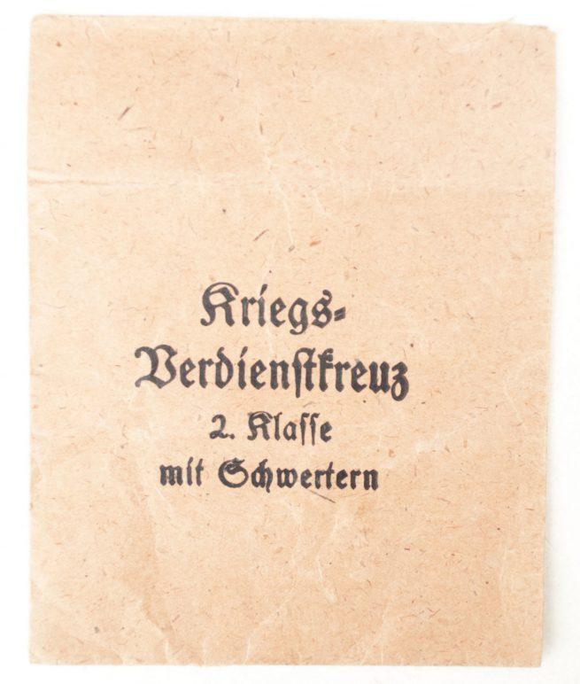 This is a Kriegsverdienstkreuz 2. Klasse mit Schwertern und Tüte / War Merit Cross 2nd Class with Swords and Bag (maker Emil Herrmann)