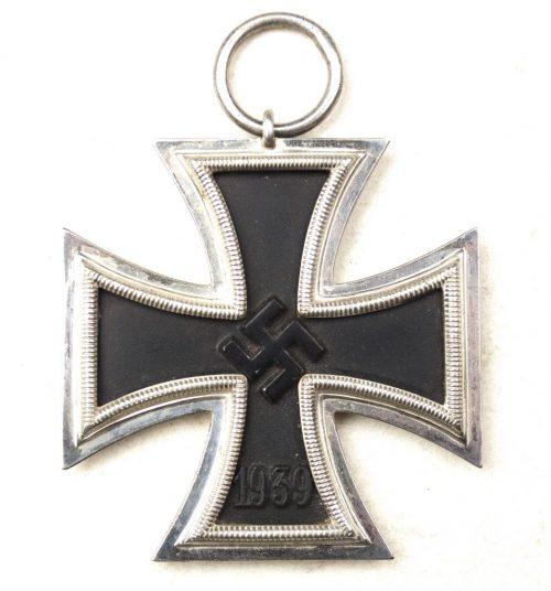 WWII Iron Cross second Class (EK2) / Eisernes Kreuz Zweite Klasse
