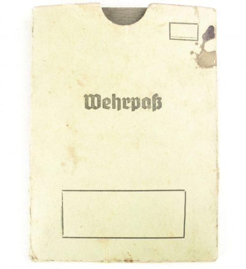 Wehrpass + Hülle (Wehrbezirkskommando Danzig)