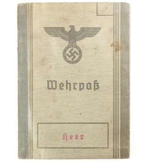 Wehrpass + Passphoto from Wehrbezirkskommando Hagen+ Kriegsurlaubschein