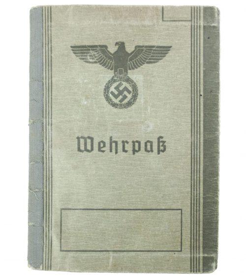 Wehrpass + Passphoto from Wehrezirkskommando Duisburg