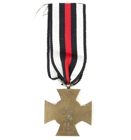 Ehrenkreuz für Nichtkämpfer (maker 43 RV Pforzheim)