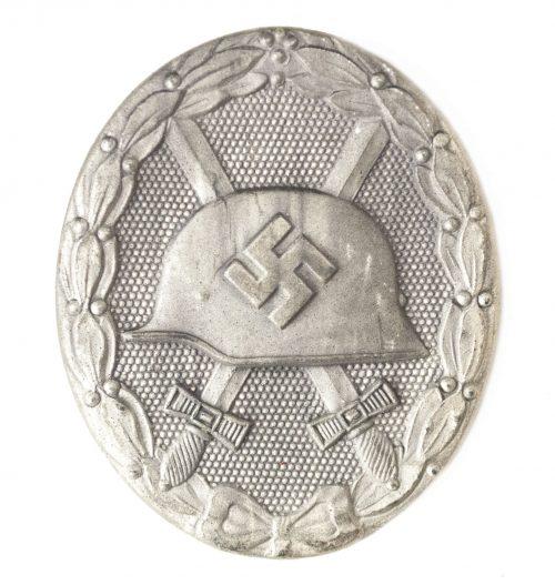 """German woundbadge in Silver (VWA Verwundetenabzeichen) """"65"""" (Klein & Quenzer)"""