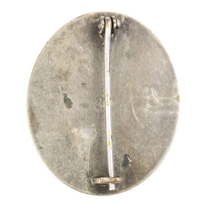 """German woundbadge in Silver (VWA Verwundetenabzeichen) """"30"""" (Hauptmunzamt Wien)"""