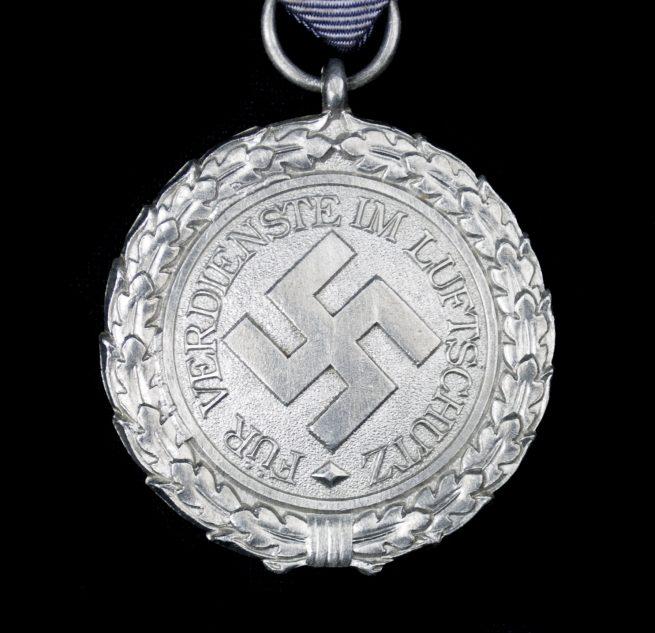 Luftschutz medaille (lightweight aluminum)