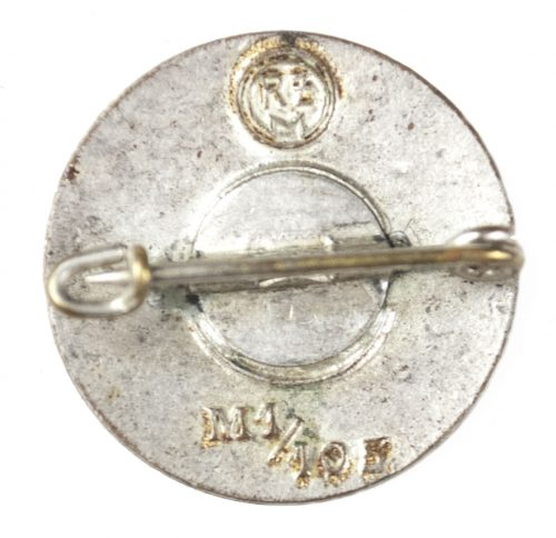 NSDAP Parteiabzeichen M1/105 (Hermann Aurich)