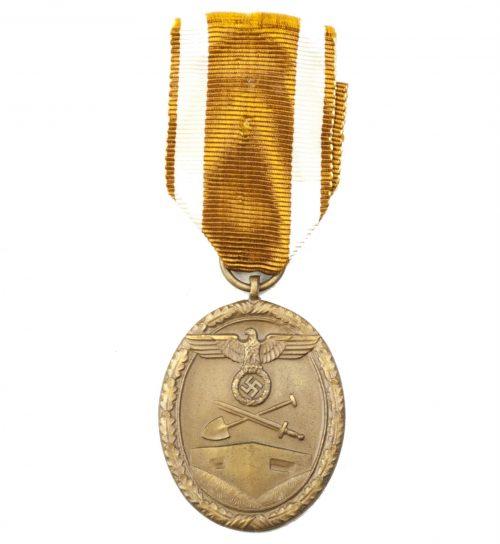 Westwall medaille (Schutzwall orden) (made of Bronze)