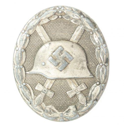 German woundbadge in Silver (VWA silber Verwundetenabzeichen) 30 (Hauptmünzamt Wien)