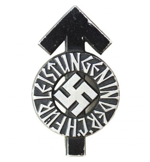 Hitlerjugend (HJ) Leistungsabzeichen in Black M1101 (maker Gustav Brehmer)
