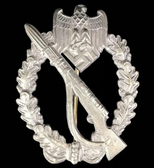 Infanterie Sturmabzeichen (ISA) Infantry Assault Badge (IAB) maker Dr. Franke & Co.K.G