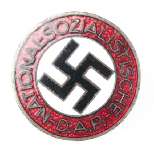 NSDAP Parteiabzeichen M1/93 (maker Gottlieb Friedrich Keck u. Sohn)