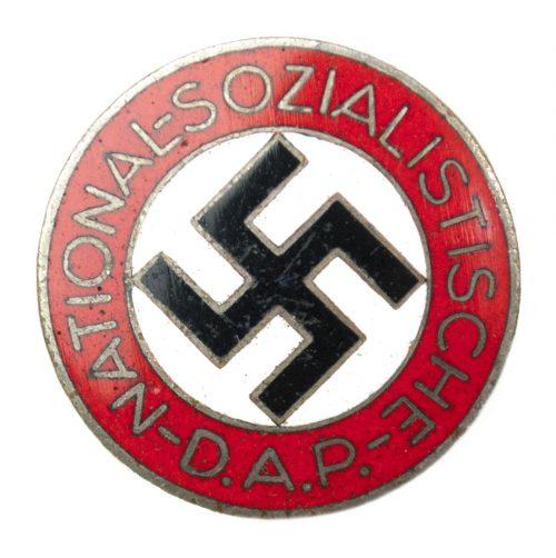 NSDAP Parteiabzeichen RZM M142 (maker Kerbach & Israel (later changed to Kerbach & Oesterhelt)