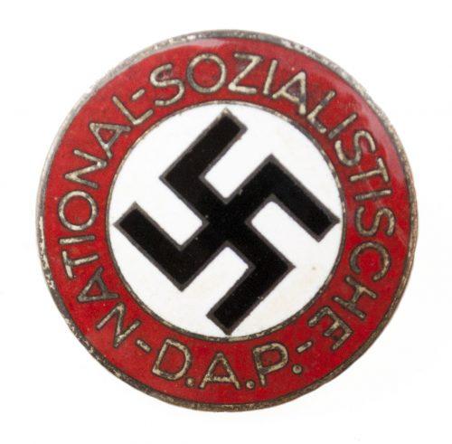 NSDAP Parteiabzeichen RZM M166 (maker Matthias Salcher & Söhne-Wagstadt)