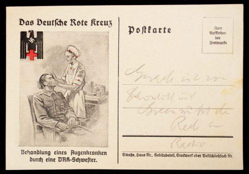 Postcard Deutsches Rote Kreuz Behandlung eines Augenkranken durch eine DRK-Schwester