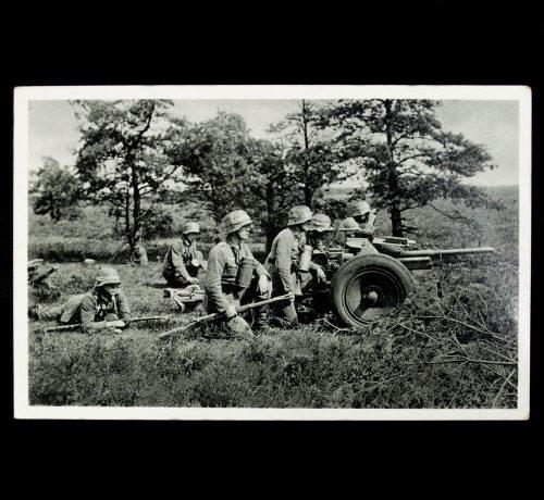 Postcard Die Wehrmacht Tank Abwehrgeschütz in Feuerstellung