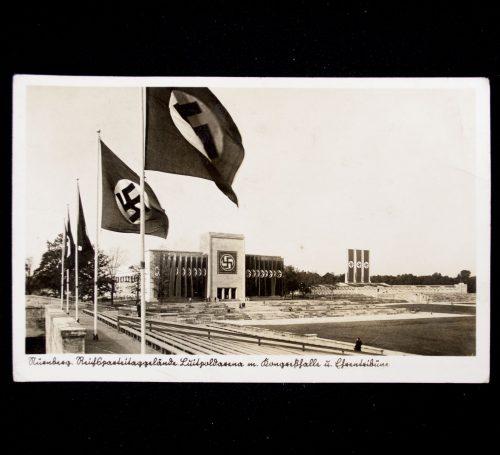 Postcard Reichsparteitaggelände Luitpoldarena mit Kongresshalle und Ehrentribune