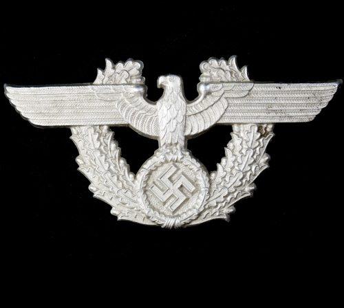 Schutzpolizei Adler vor die Kartuschkasten für Mannschaften (maker Assmann)