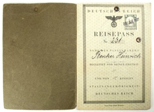 WW2 German Reisepass + passphoto
