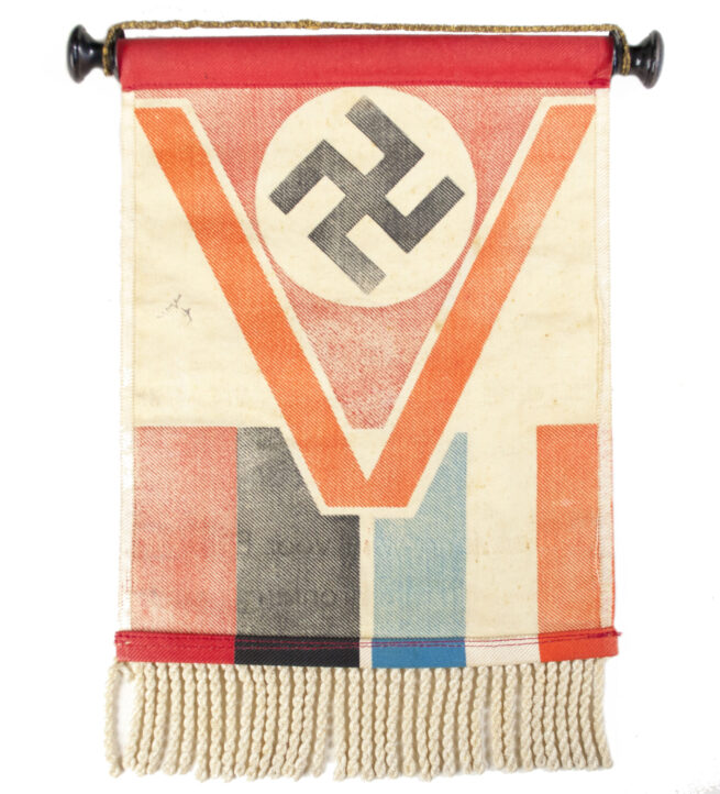 (NSB) Pennant Tableflag V = Victorie! Duitschland wint voor Europa op alle Fronten!