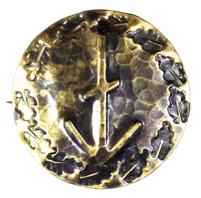 WWII German runic brooch runehousemark