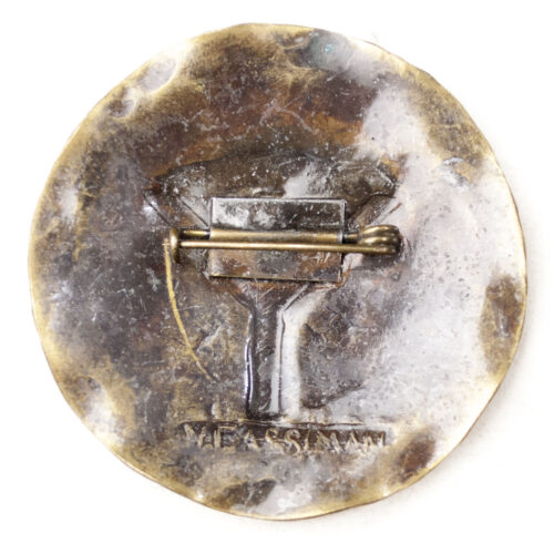 German WWII female cultural brooch with Life-rune (large!)