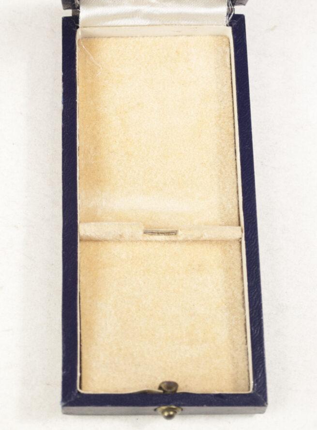 Mutterkreuz Motherscross gold in case (maker Friedrich Linden)