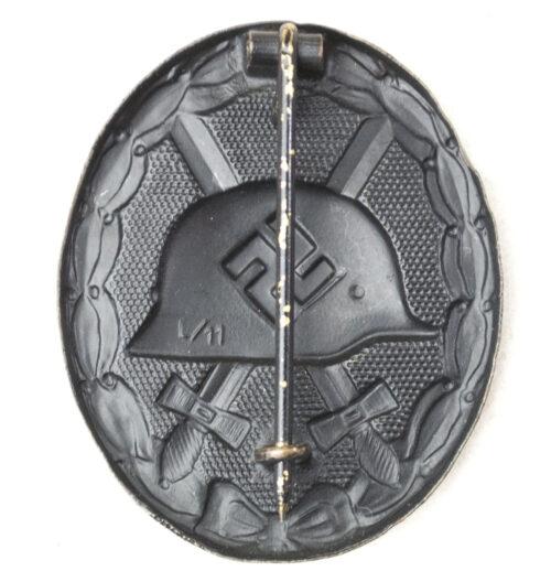 """Verwundetenabzeichen Schwarz / Woundbadge in black """"L/11"""" (maker Wilhelm Deumer)"""