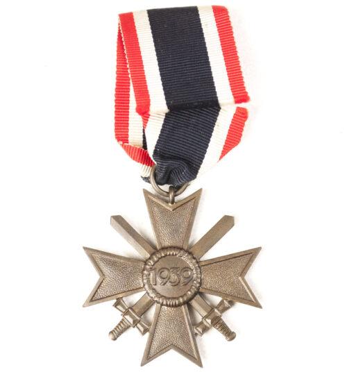 Kriegsverdienstkreuz mit Schwerter (KVK) War Merit Cross with Swords -