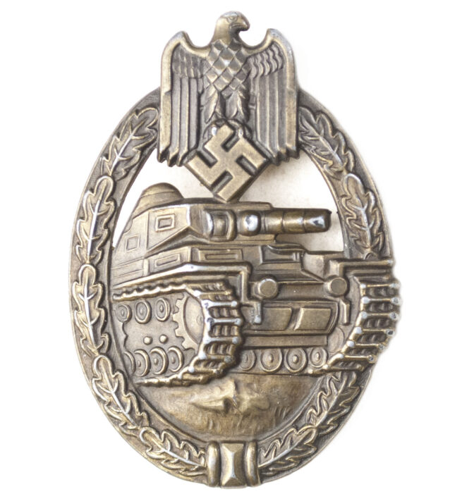 Panzer Assault Badge (PAB) Panzerkampfabzeichen (PKA) in bronze by maker Frank & Reif