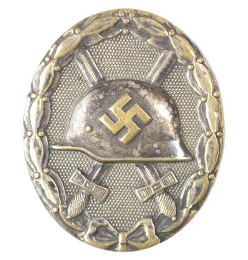 Verwundetenabzeichen Silber Woundbadge in silver 30 (maker Hauptmunzamt Wien)