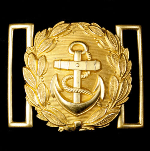 WWII Kriegsmarine Officers Dress Belt Buckle (maker marked FLL)