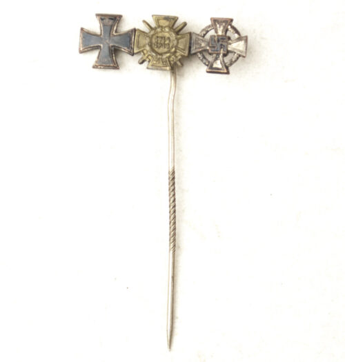 WWII Veterans stickpin with 3 miniature medals