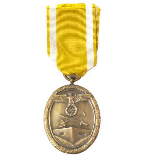 Westwall / Schutzwall medal